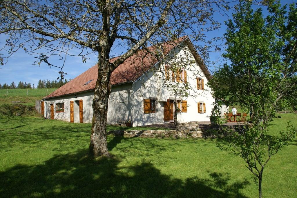 Comfortabele cottage in Saint-Bresson met privétuin - Boerderijvakanties.nl