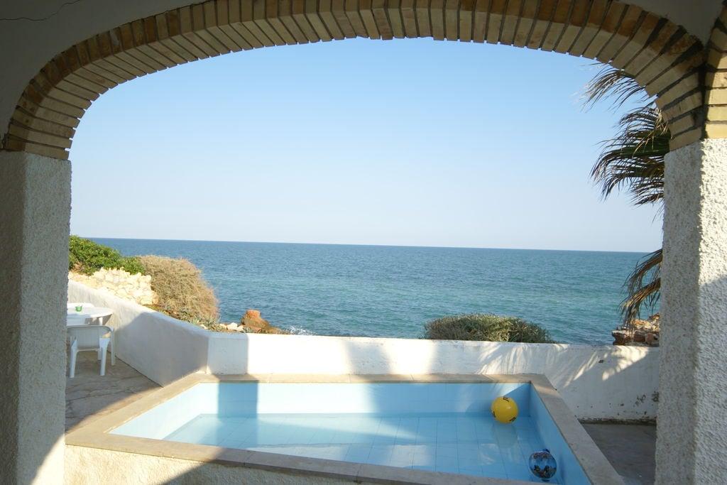 Vakantiewoning huren in Costa del Azahar - met zwembad  met wifi met zwembad voor 8 personen  Dit huis is echt super. je hebt be..