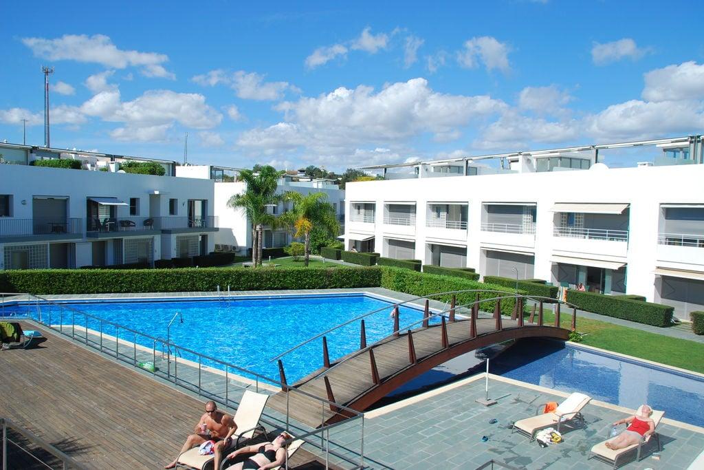 Tavira- Appartement met zwembad nabij Strand met wifi te huur
