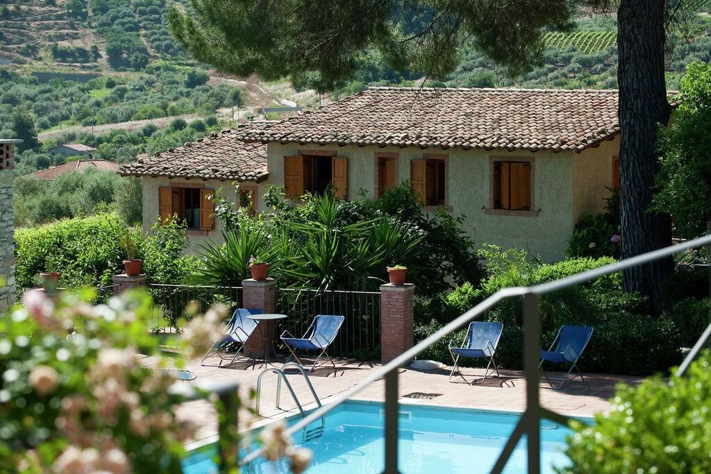 Vakantiewoning  huren Librizzi - Appartement IT-98064-01 met zwembad  met wifi