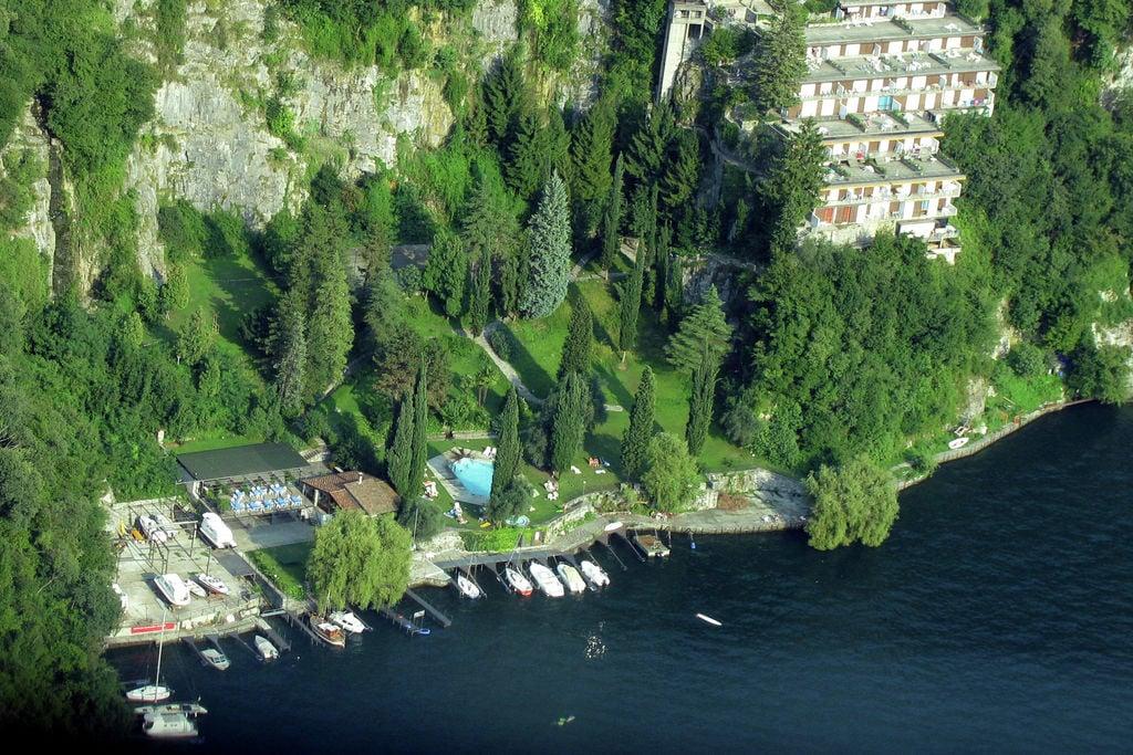 Pognana-Lario- Appartement met zwembad nabij Strand met wifi te huur