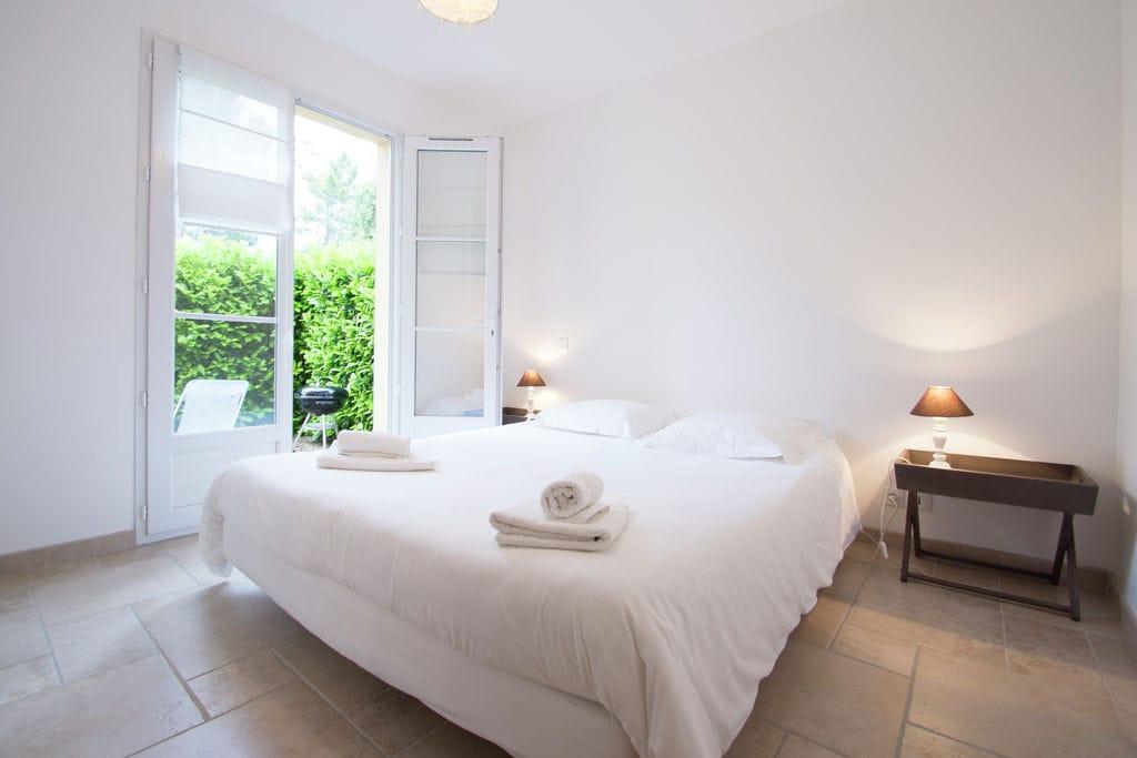 Royaal appartement in Montauroux met zwembad. - Boerderijvakanties.nl