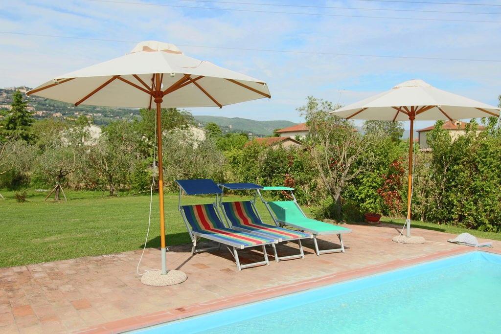 Prachtige vakantiewoning met uitzicht op Cortona in een schitterende omgeving - Boerderijvakanties.nl