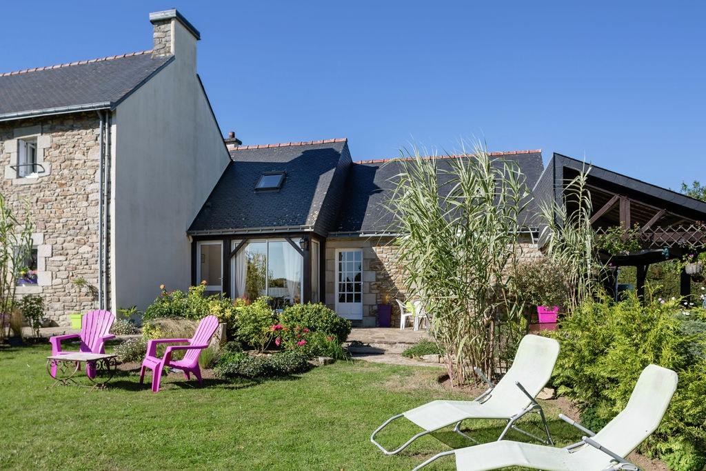 Moderne vakantiewoning in Querrien met terras - Boerderijvakanties.nl
