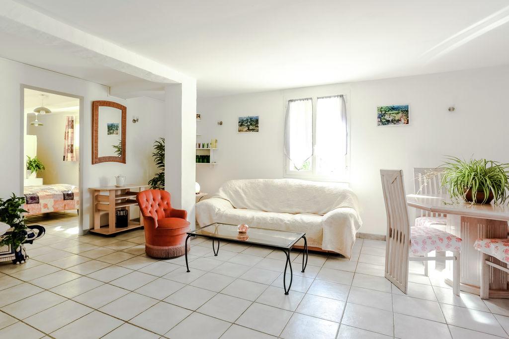 Licht vakantiehuis bij Berre-les-Alpes met tuin en terras - Boerderijvakanties.nl
