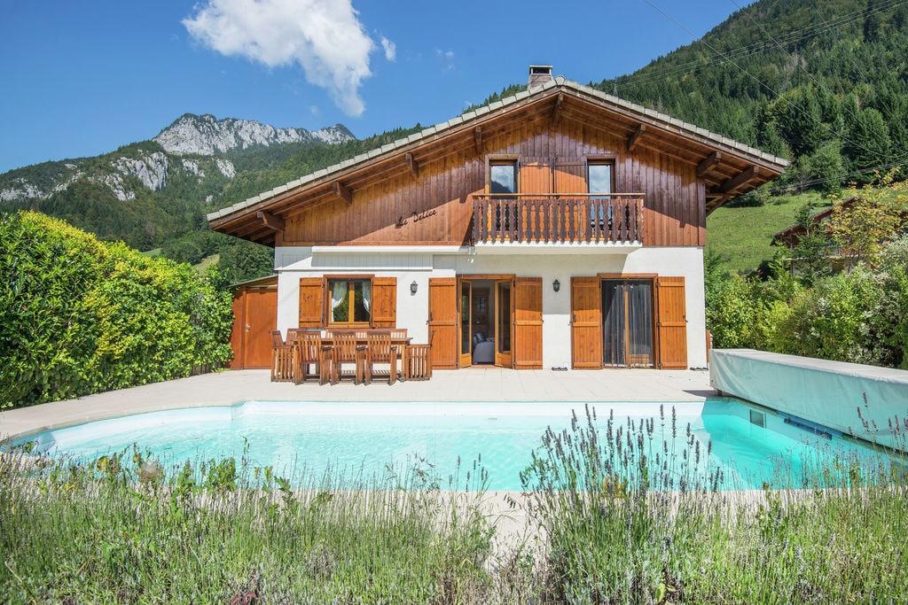 Afgelegen villa in Biot, dicht bij skigebied gelegen - Boerderijvakanties.nl