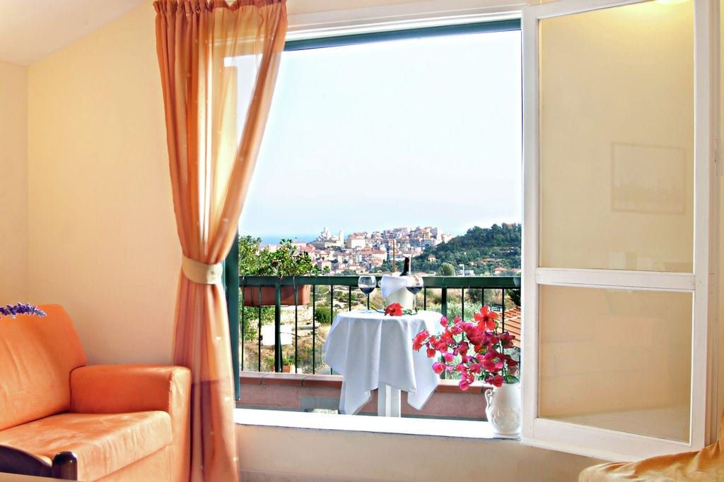 Vakantiewoning Italië, lig, Imperia Appartement IT-18100-88