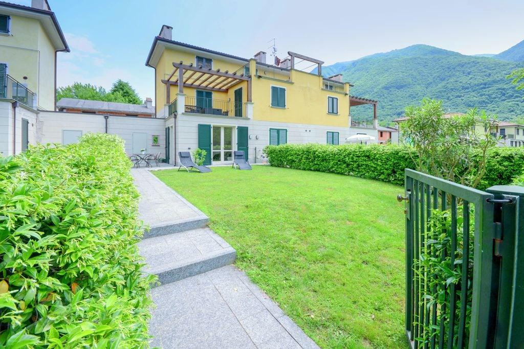 Appartement bij het meer van Lugano met zwembad en tuin - Boerderijvakanties.nl
