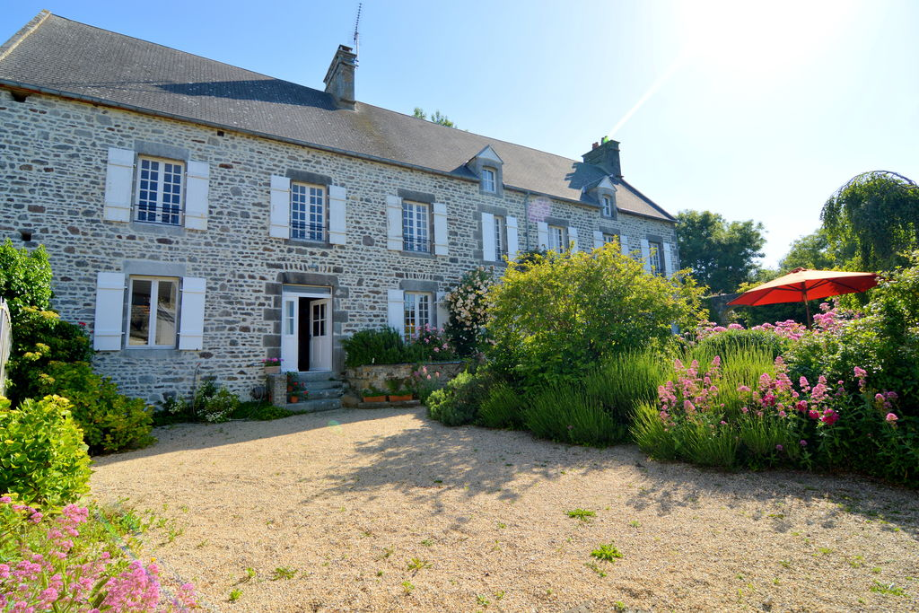 Luxe vrijstaande villa in Normandië nabij de zee - Boerderijvakanties.nl