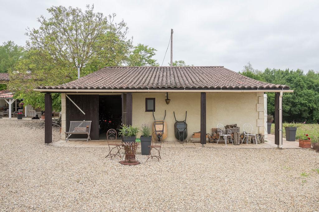 Luxe vakantiehuis in Beaumont nabij het centrum - Boerderijvakanties.nl