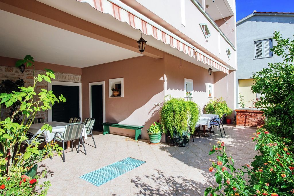 Vakantiewoning Kroatië, Dalmatie, Bibinje Appartement HR-23205-02
