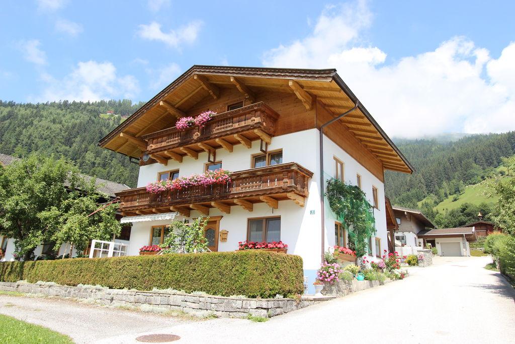 Zonnig appartement in Salzburgerland met mooi uitzicht - Boerderijvakanties.nl