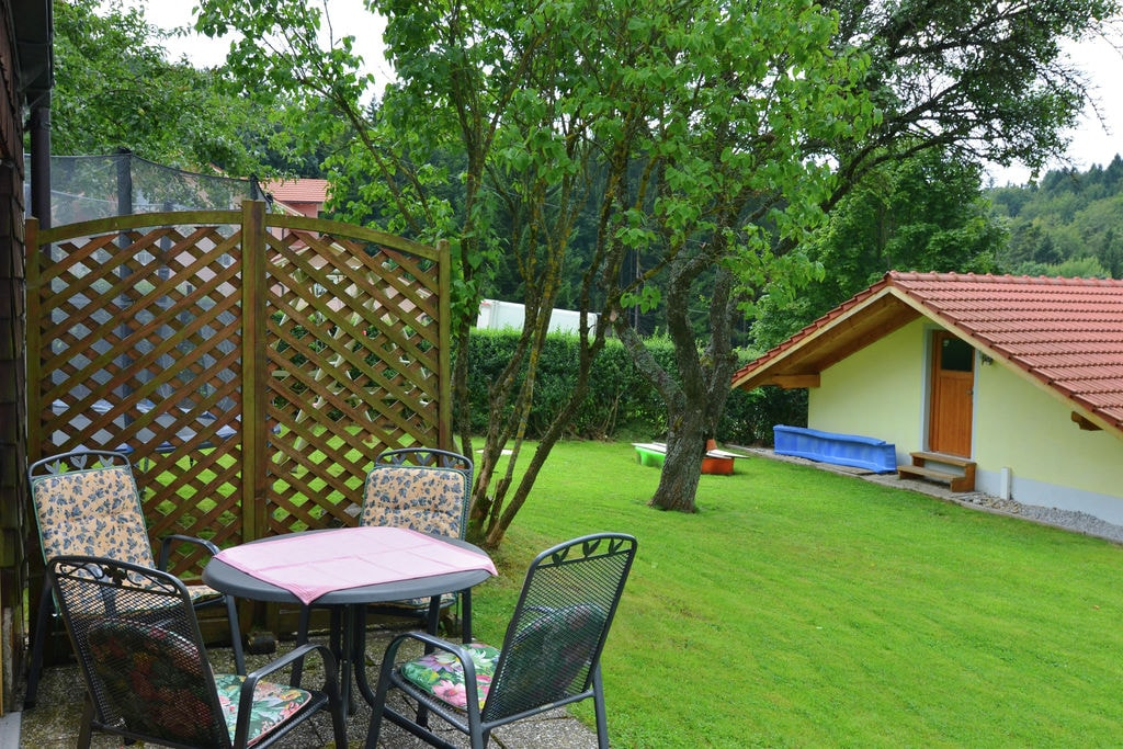 Gezellige vakantiewoning met grote tuin, dicht bij de stad Passau en Oostenrijk - Boerderijvakanties.nl