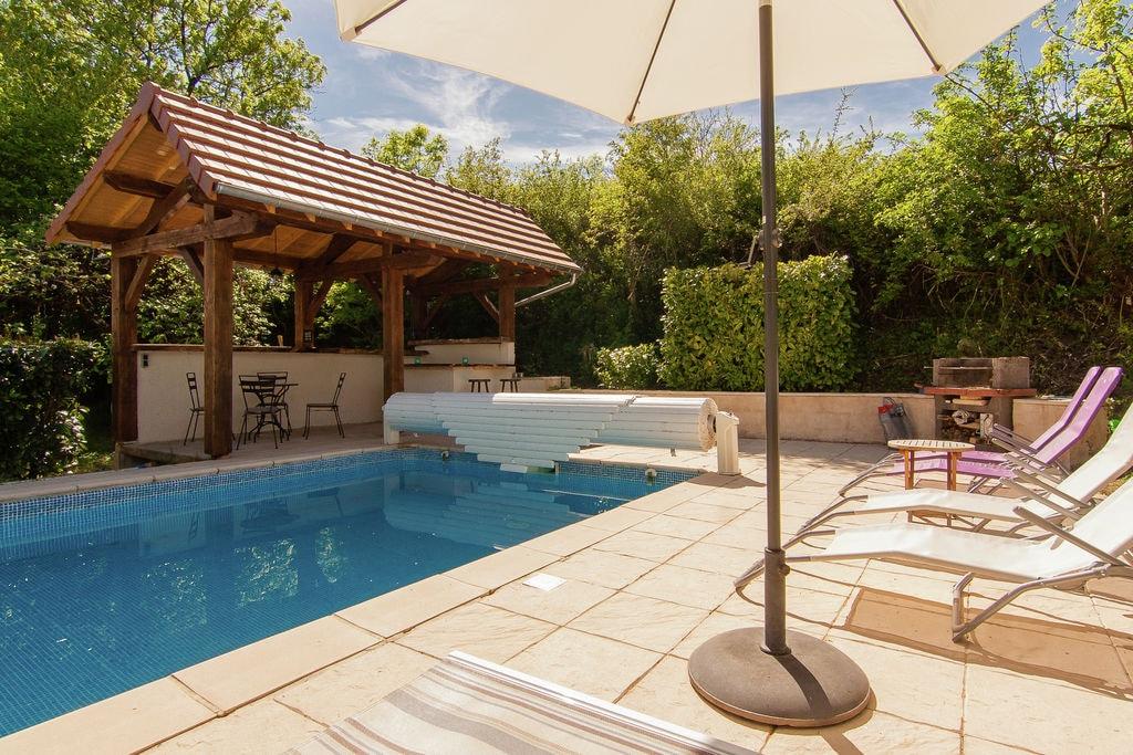 Saint-Sulpice-D'excideuil- Vakantiewoning met zwembad  met wifi te huur