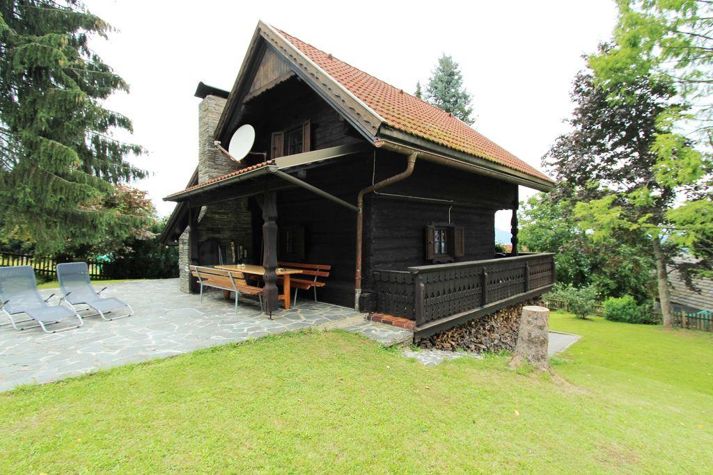 Sfeervol vakantiehuis in Karinthië met balkon en terras - Boerderijvakanties.nl
