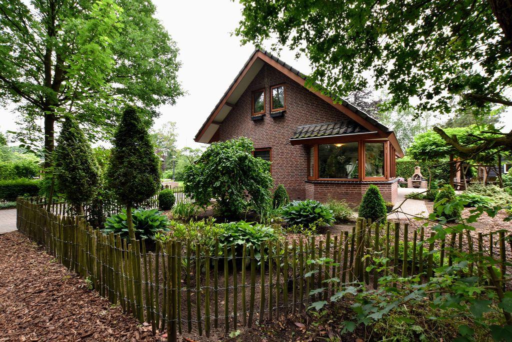 Vrijstaand vakantiehuis in de Veluwe met jacuzzi en sauna - Boerderijvakanties.nl
