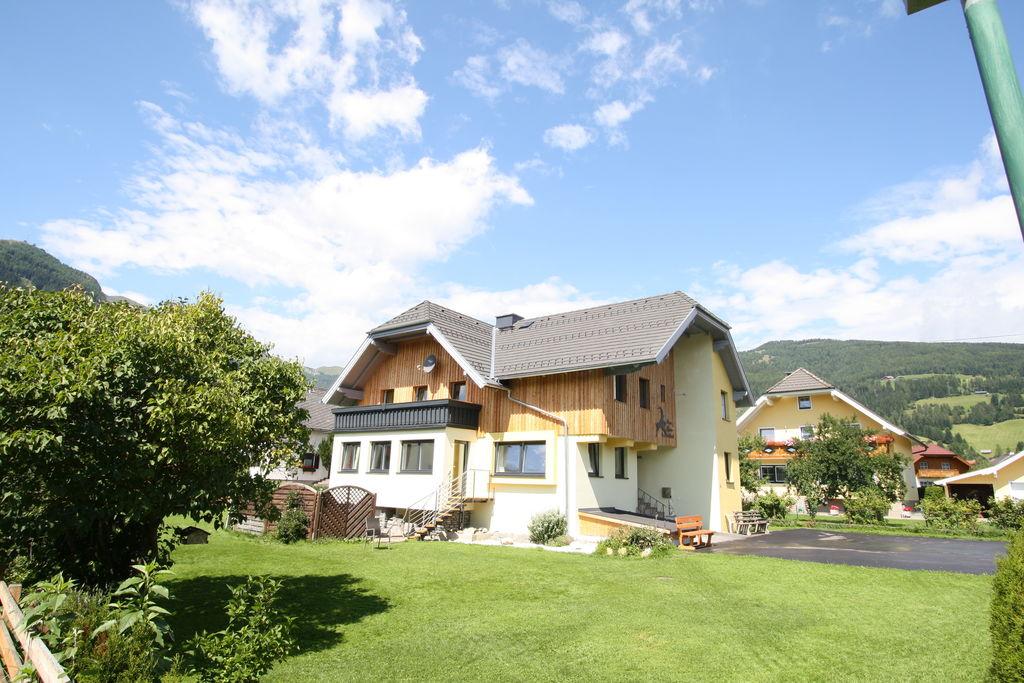 Luxe vakantiehuis met sauna tussen verschillende skigebieden - Boerderijvakanties.nl