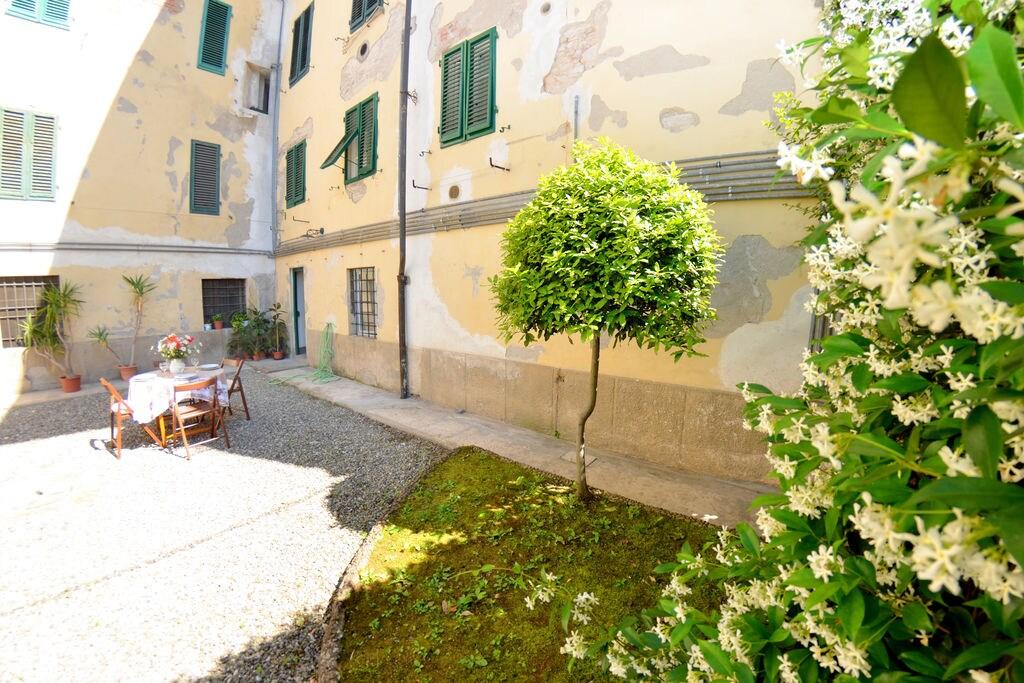 Vakantiewoningen Lucca te huur Lucca- IT-55100-75   met wifi te huur