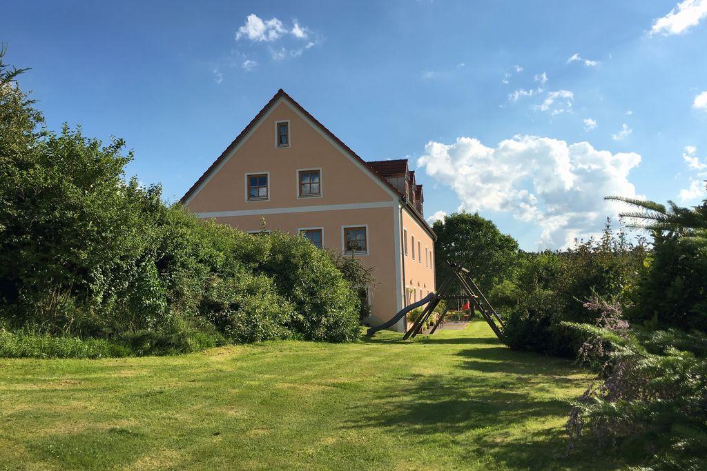 Groot vakantiehuis in Schönsee met lounge - Boerderijvakanties.nl