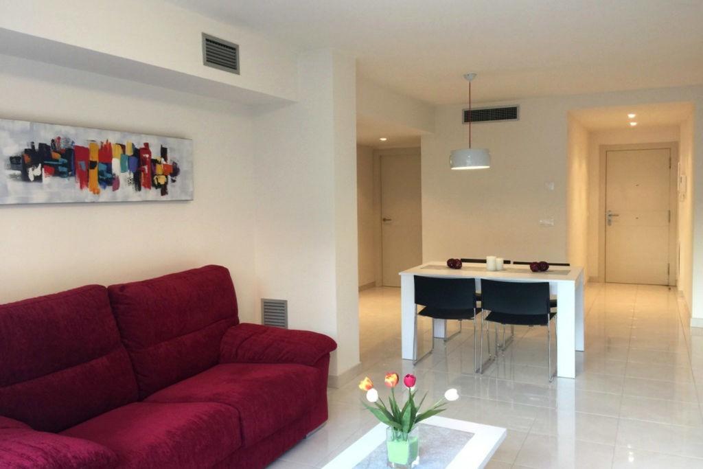Rosas- Appartement   met wifi te huur