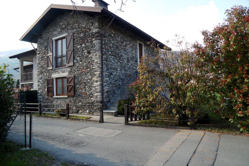 Appartement huren in Italiaanse Meren -   met wifi  voor 4 personen  Appartement op de begane grond van..