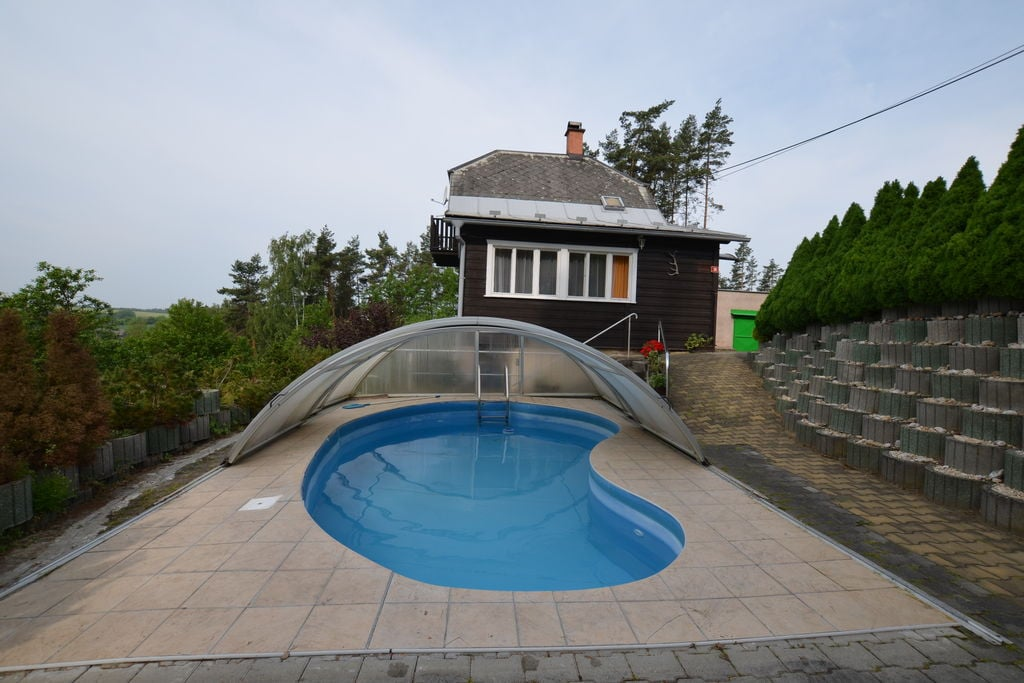 Vrijstaand huis midden in het bos, met zwembad en overdekt terras. Vrij uitzicht! - Boerderijvakanties.nl