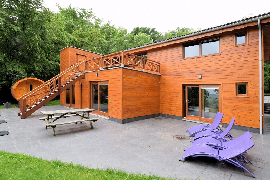Luxe chalet in Beauraing met 2 sauna's - Boerderijvakanties.nl