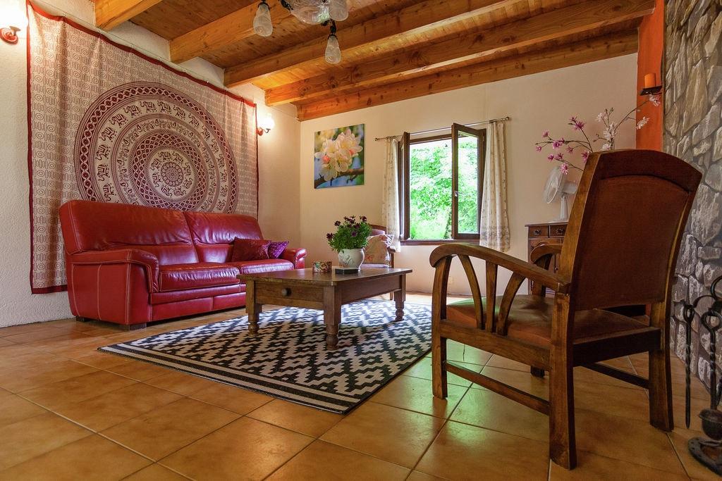 Comfortabel vakantiehuis in Champsac in de buurt van het bos - Boerderijvakanties.nl