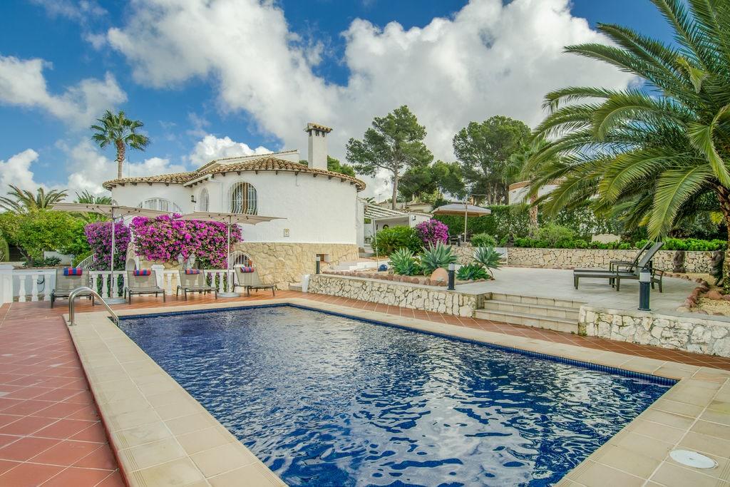 Vakantiewoning huren in Costa Blanca - met zwembad nabij Strand met wifi met zwembad voor 6 personen  Wat een schitterende villa met pri..