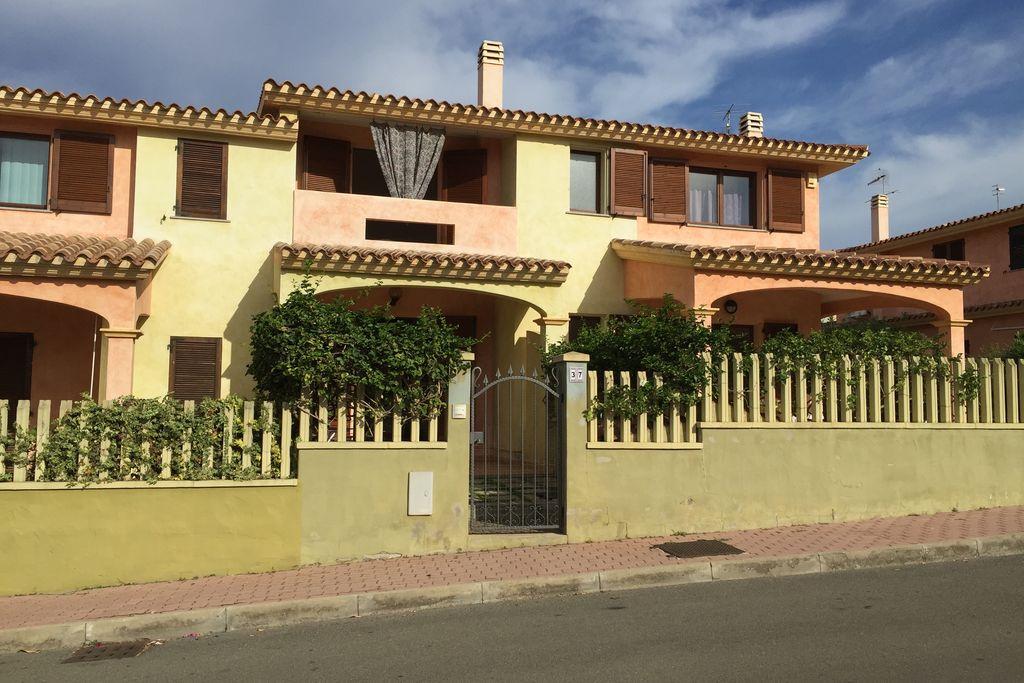Villasimius- Appartement  nabij Strand  te huur