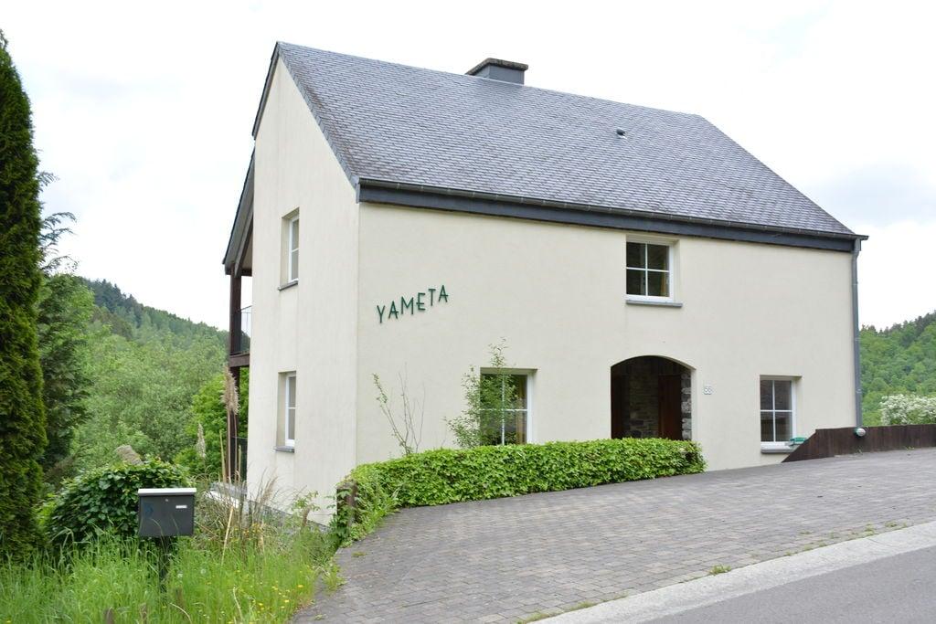 Landelijk appartement in Bouillon met een terras en barbecue - Boerderijvakanties.nl