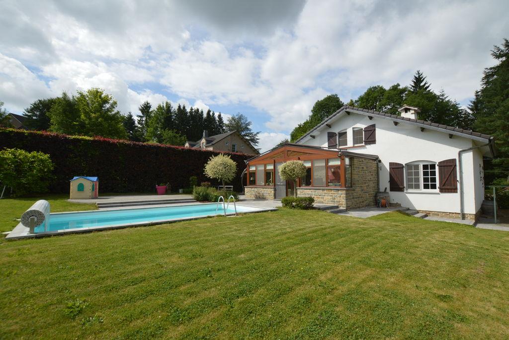 Villa huren in Luik - met zwembad  met wifi met zwembad voor 8 personen  Een verzorgd interieur, een grote ..