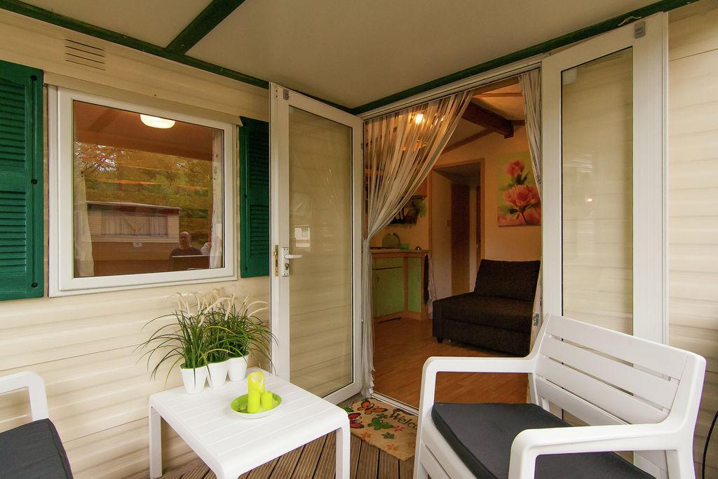 Sta caravan Tourtoirac 0 slaapkamers met zwembad  met wifi
