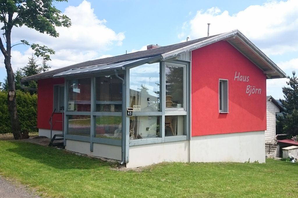 Mooi vakantiehuis in het Thüringer Woud met open haard en bubbelbad, - Boerderijvakanties.nl