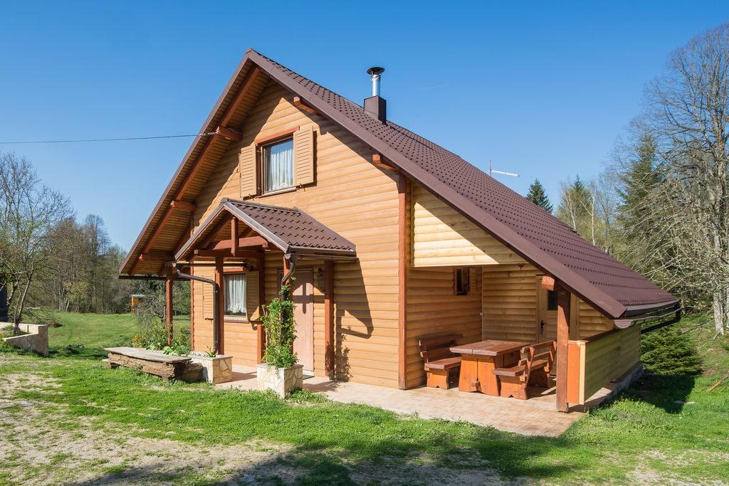 Schattig huis met zwembad en jacuzzi voor gebruik omgeven door prachtige natuur! - Boerderijvakanties.nl