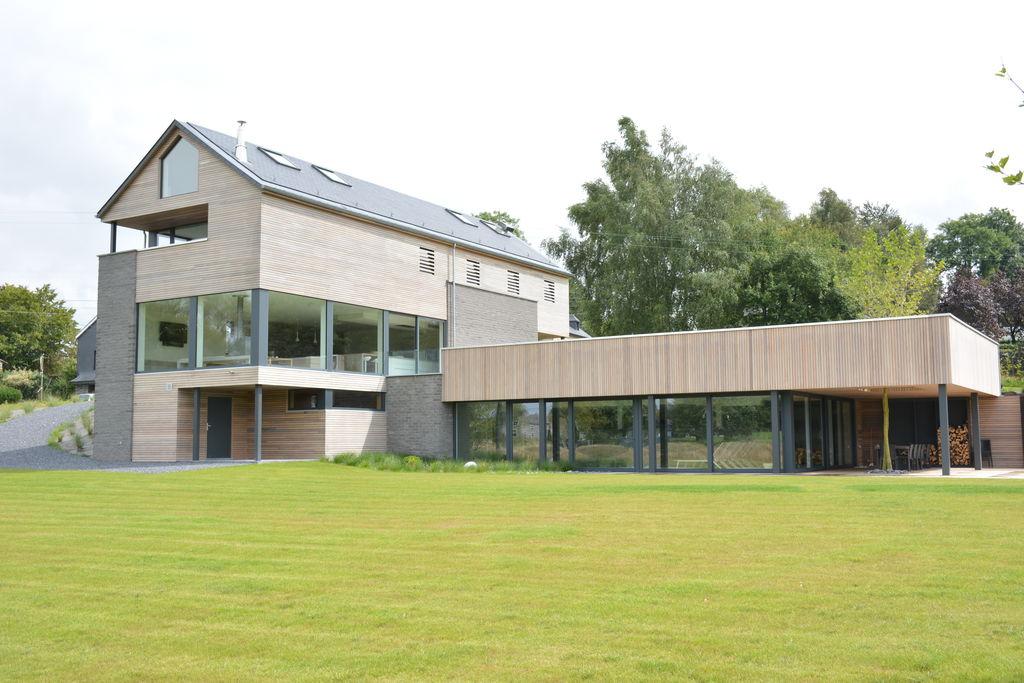 Luxe vakantiehuis in Libramont met sauna en privézwembad - Boerderijvakanties.nl