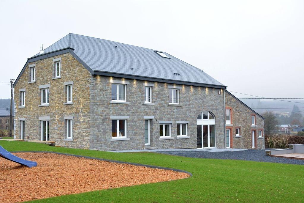 Modern vakantiehuis in de Ardennen met een recreatieruimte - Boerderijvakanties.nl