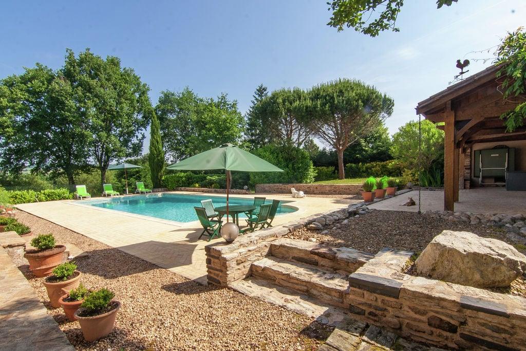 Karakteristiek vakantiehuis in Sainte Trie met privézwembad - Boerderijvakanties.nl
