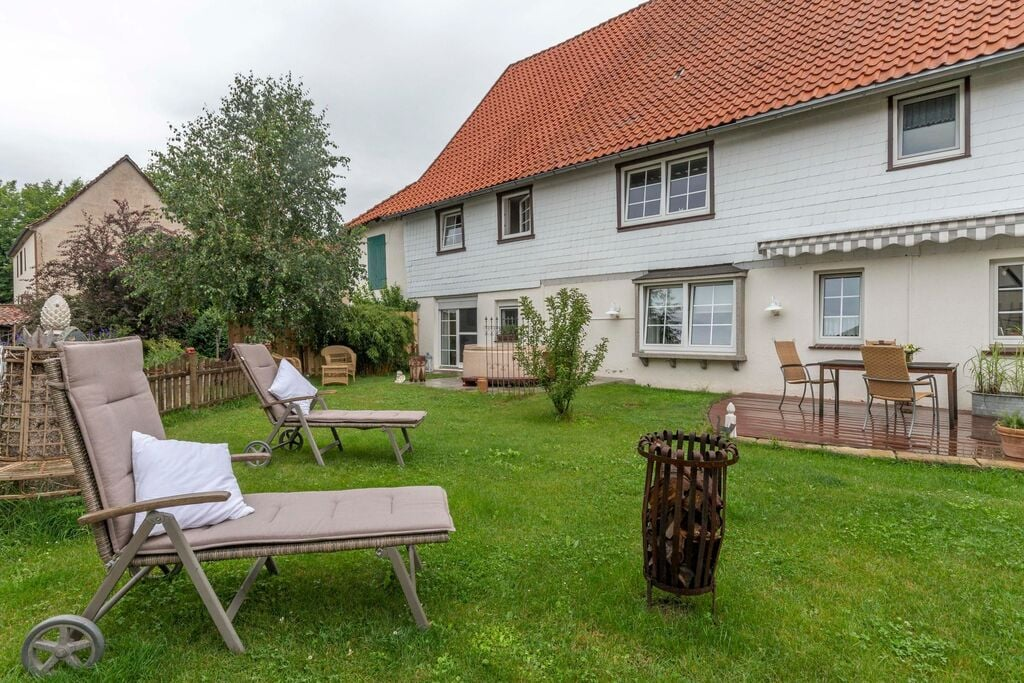 Rustig gelegen appartement in Harz met privéterras - Boerderijvakanties.nl