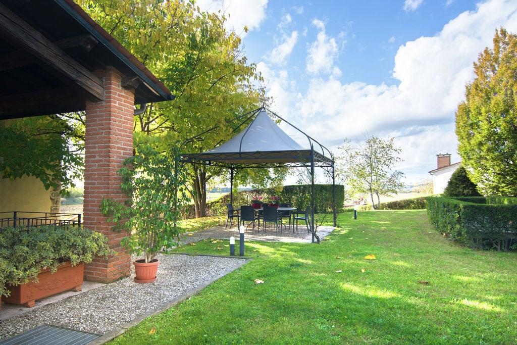 Mooi landhuis in Montebello Vicentino met een tuin - Boerderijvakanties.nl