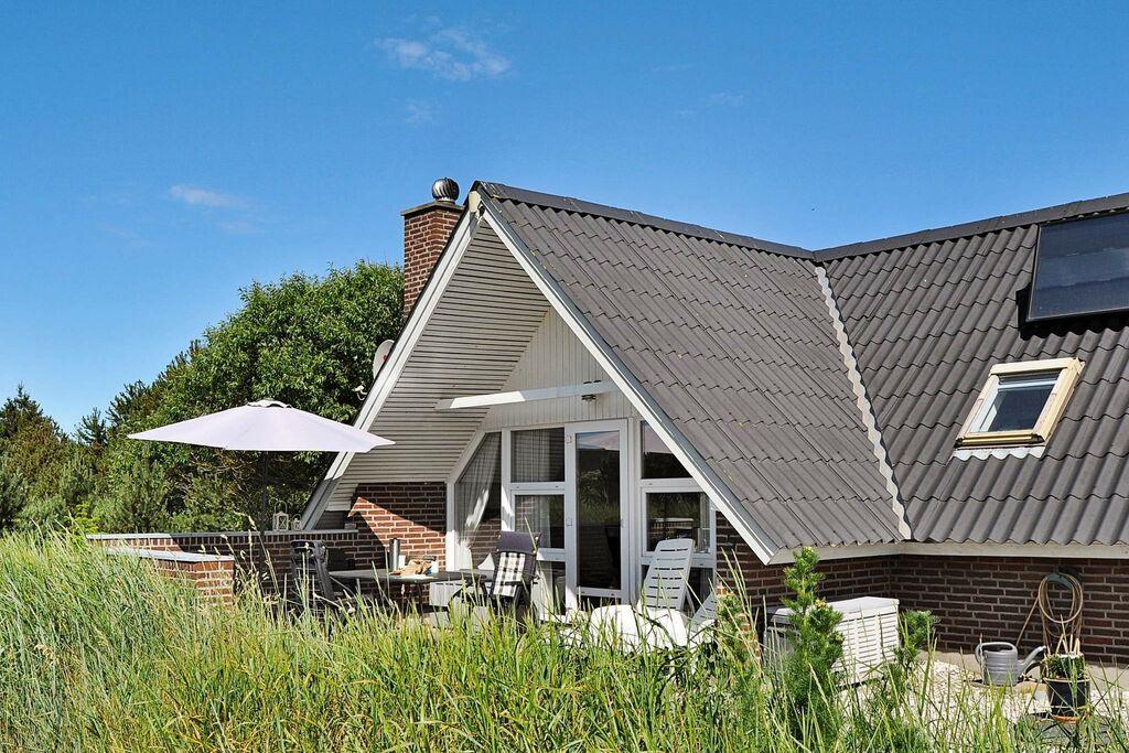 Fantastisch vakantiehuis in Ringkøbing met speeltoestellen