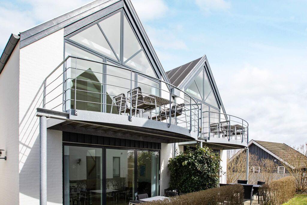 Groot vakantie appartement in Væggerløse met bubbelbad