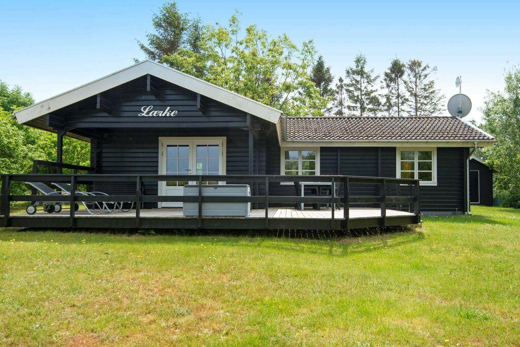 Adembenemend vakantiehuis in Allingåbro nabij de zee