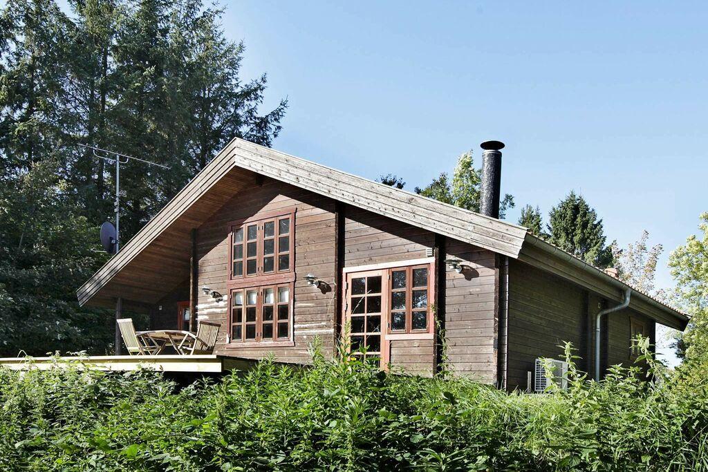 Mooi vakantiehuis in Fårevejle met terras
