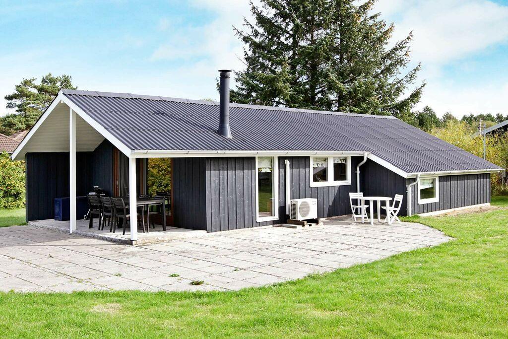 Schattig vakantiehuis in Rødby nabij het zeestrand
