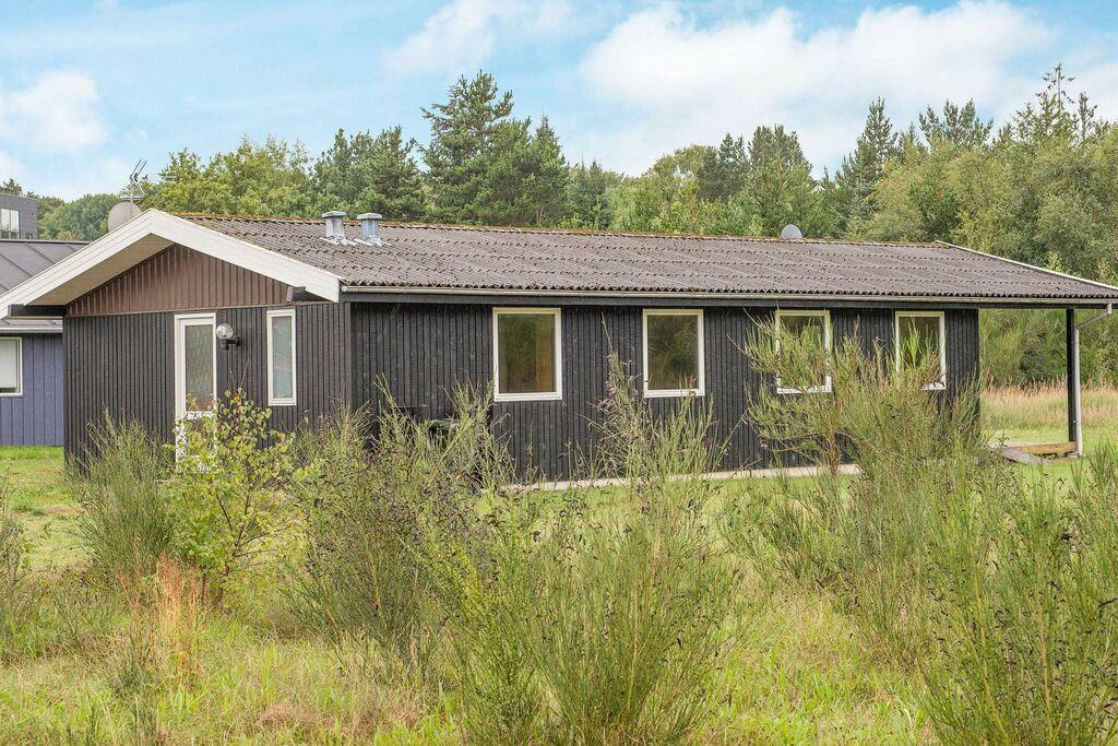 Ongerept vakantiehuis in Glesborg met een sauna