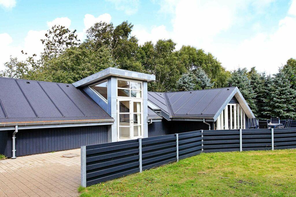 Luxe vakantiehuis in Oksbøl in een rustige omgeving