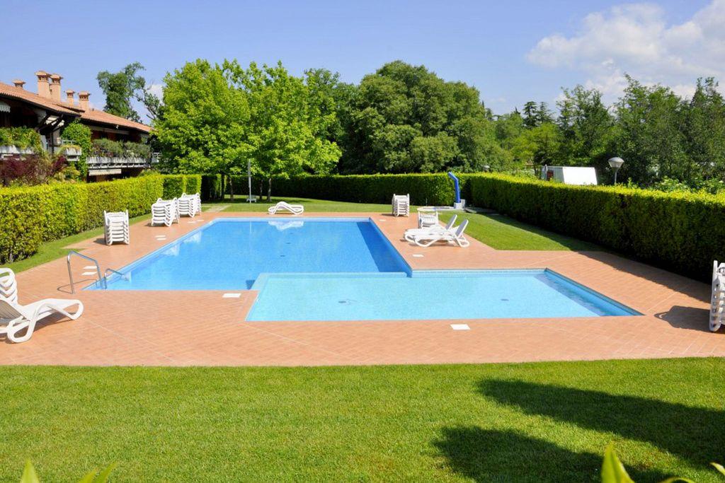 Lazise- Appartement met zwembad  met wifi te huur