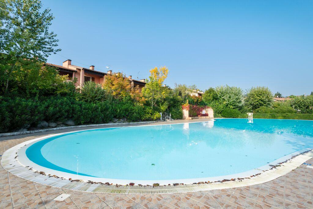 Gezellig vakantiehuis vlak bij het Gardameer met zwembad - Boerderijvakanties.nl