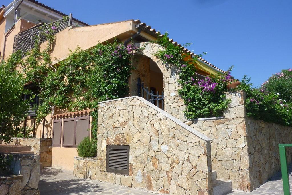 Appartement huren in Sardegna -  nabij Strand met wifi  voor 6 personen  Het appartement is gelegen in het ..
